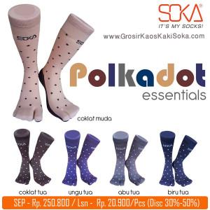 Kaos Kaki Soka Essentials Polkadot