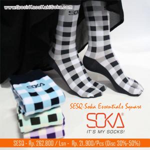 Kaos Kaki Soka Essentials Square